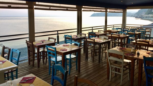 Cafe de Mar Vesima, Vesima
