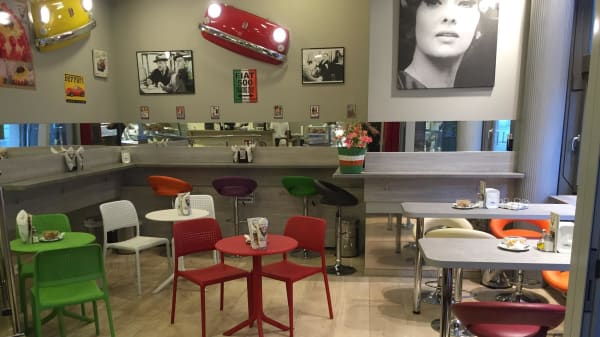 Innenansicht - Toto's Pizzeria Italiana, Wien