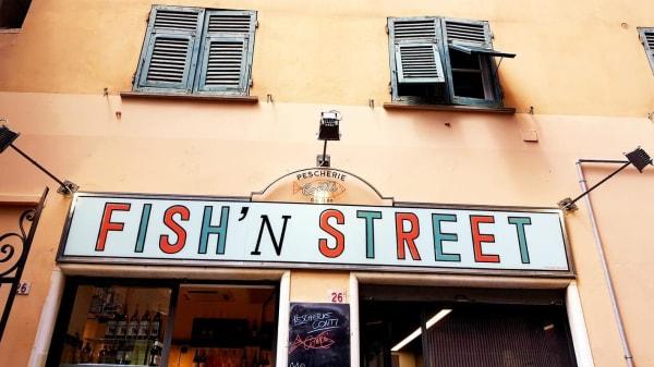 Esterno - Fish'n  Street, Genoa