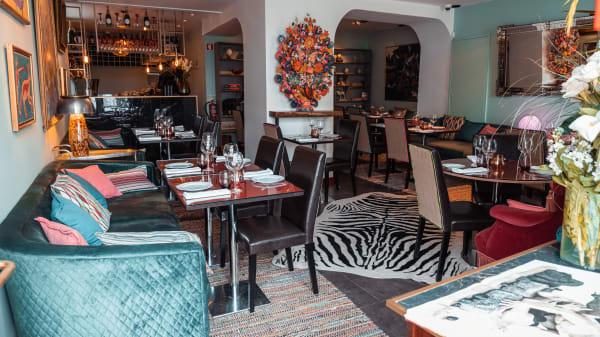Zôzô - Unforgettable Restaurant & Cocktail Bar, Cascais