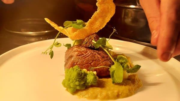 Steakhouse FLOOR, Brielle