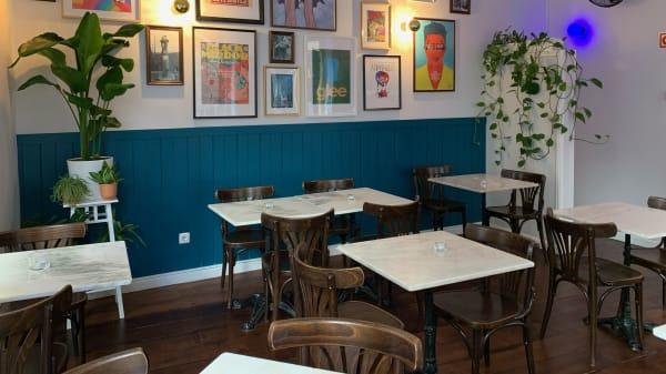 Oz Café, Lisbon