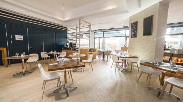 Kitchen & Bar, Colombes
