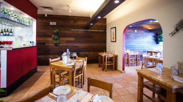 Ginos Restaurant, Hamilton
